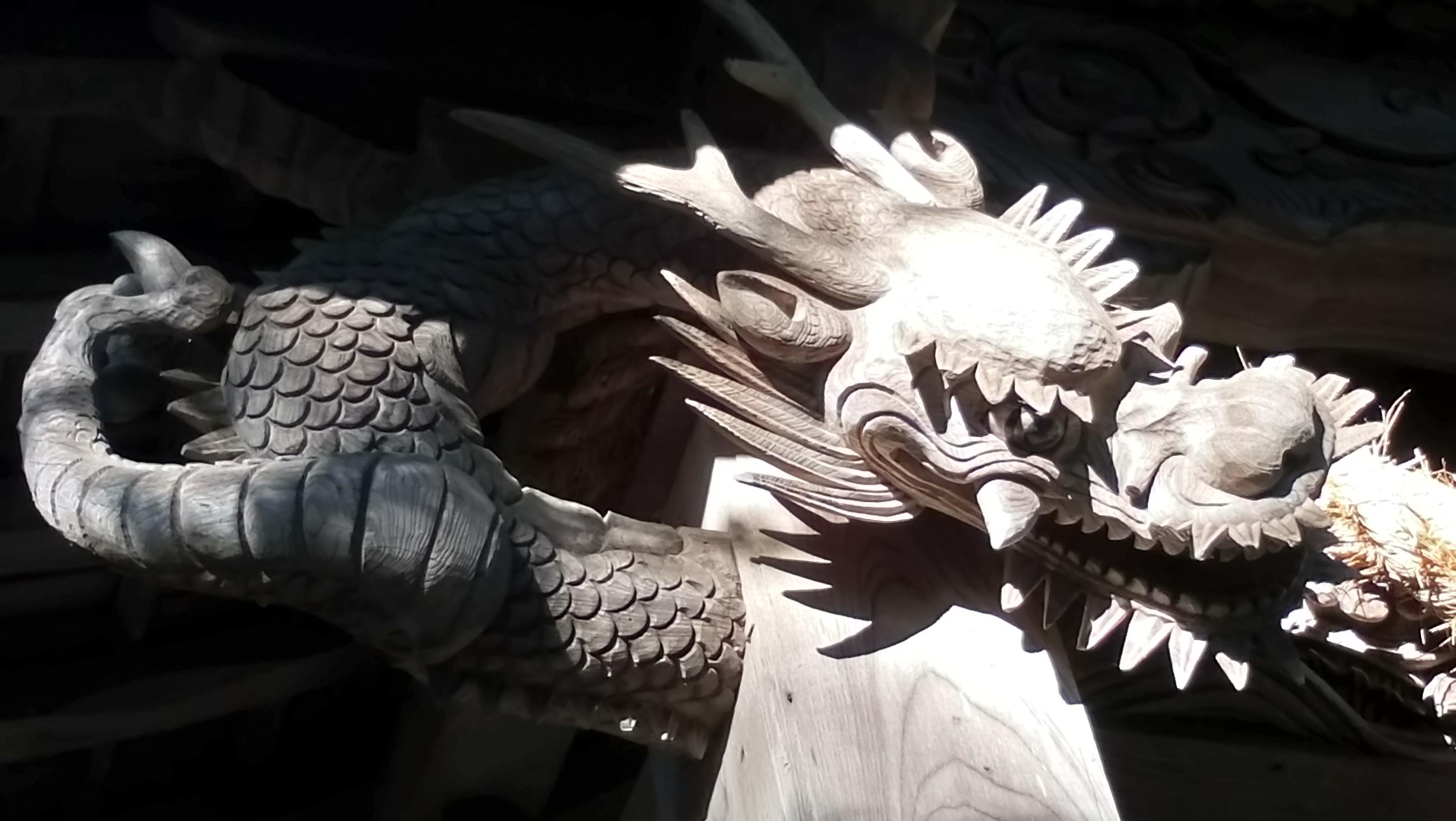 鶴ヶ峰八幡宮の竜